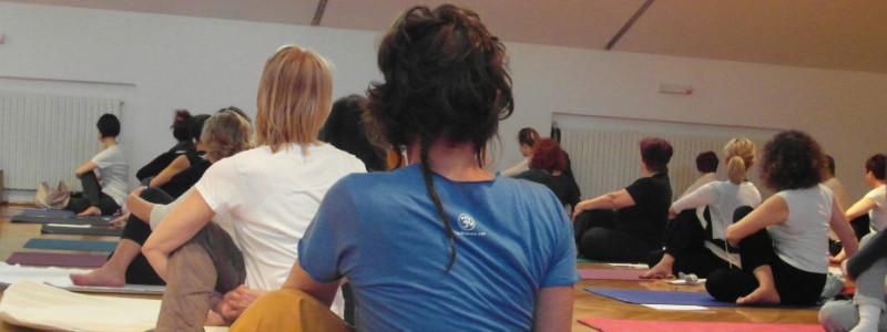 foto corsi annuali | Yoga Ratna